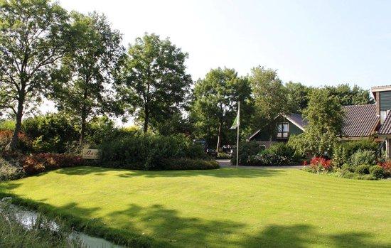 Hensbroek, Belanda: Landhuis de Leijen