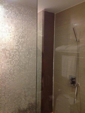 Horizon Hotel: Bathroom