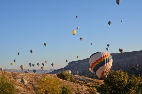 Tourist Hotel & Resort Cappadocia: Odadan sabah manzarası