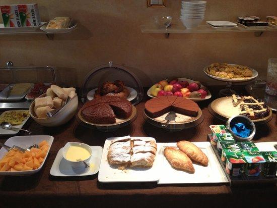 Residenza La Villa : Breakfast