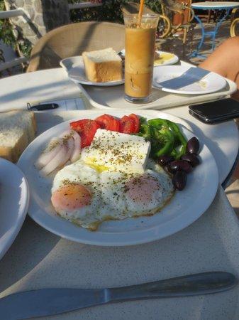 Santorini Camping: Grieks ontbijt