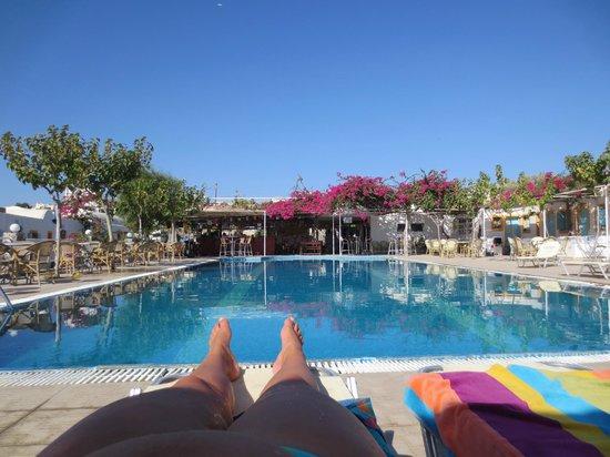 Santorini Camping: Het zwembad