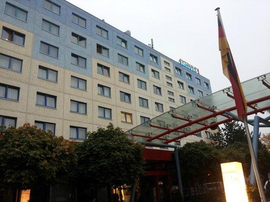 A&O Berlin Kolumbus: Fasaden