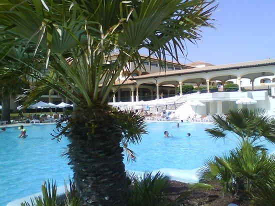 Iberostar Andalucia Playa: La piscina
