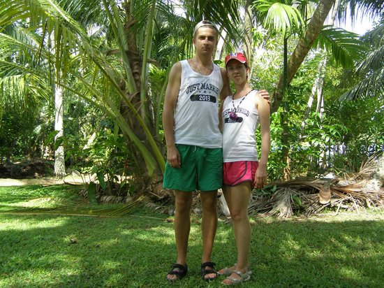 The Surf Hotel: our BBQ at Bentota river