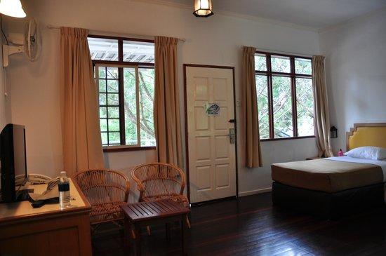 Kinabalu Pine Resort: Block B1 interior