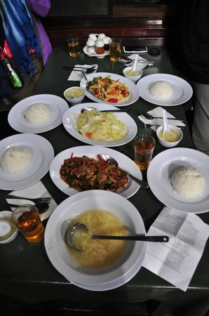 Kinabalu Pine Resort: dinner at restaurant