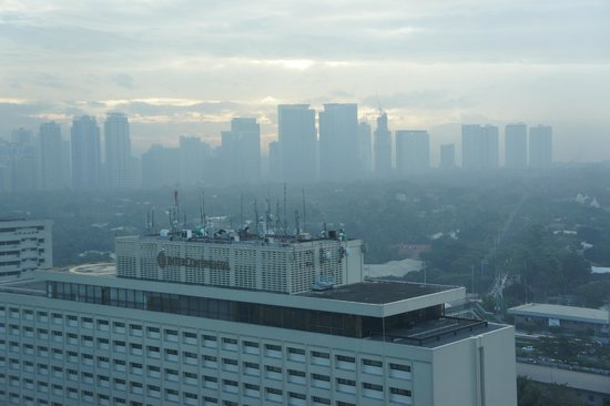 Ascott Makati: View of Smoggy Manila from my room