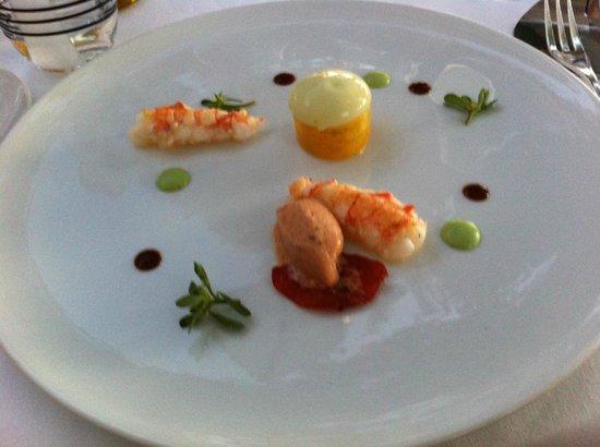Restaurant Le Saint-James Relais & Chateaux: Spider crab & Dublin Bay prawn