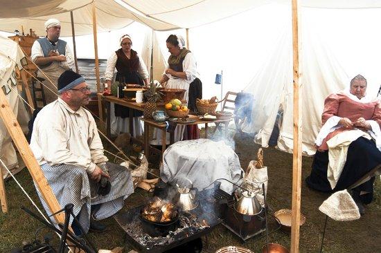 Le site historique national de la Forteresse de Louisbourg : Cooking.