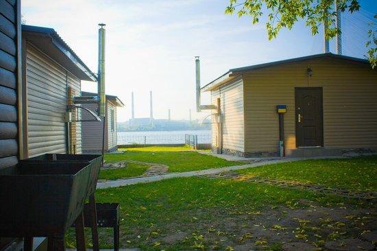 Banihata Resort: Домики с парными