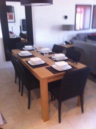 CLC Encantada Resort: modern dining