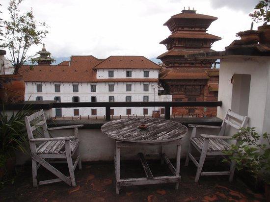 Hotel Sugat: 屋上