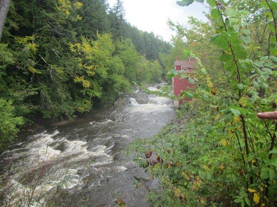 Stowe Recreation Path: 14