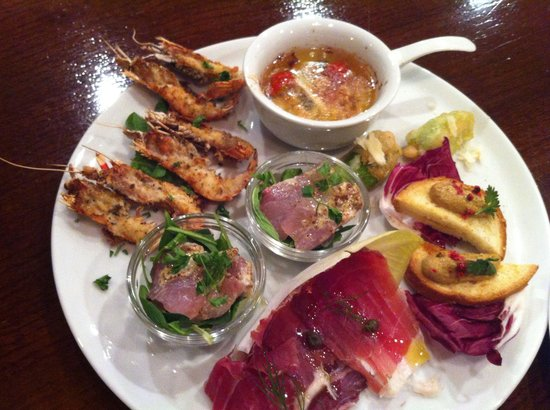 Cucina Caldo: 前菜盛り合わせ