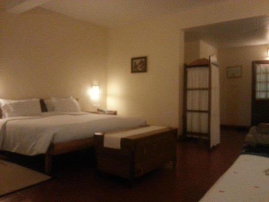 Windermere Estate : Cottage room bed