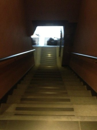 Sunny Day Hotel (Tsim Sha Tsui): No Elevator