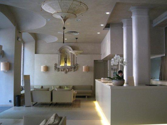 Hotel Sant Agusti: Ресепшн
