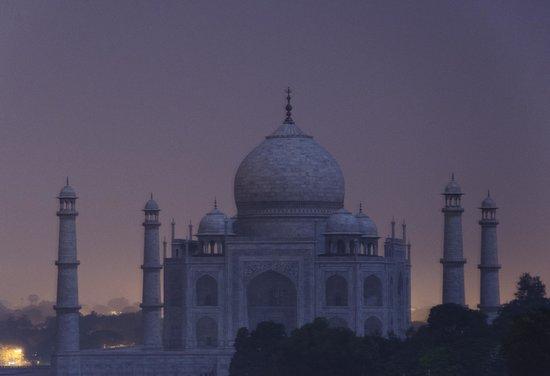 Sri Radha Krishna Kunj: Taj Mahal on a full moon night. Location arranged by Mr. Anil