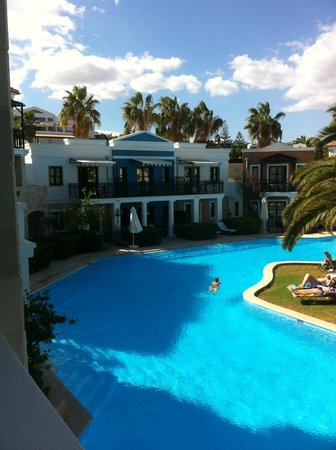 Aldemar Royal Mare Thalasso Resort : one of the private pools