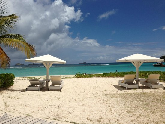 Hotel Emeraude Plage : Perfect beach