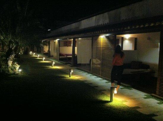 Serena Hotel Boutique Buzios : Visão das suites do térreo