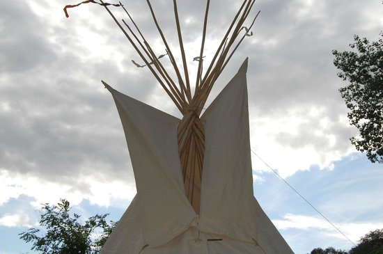 Wolf Paw Tipi Village: top of the tipi, very pretty