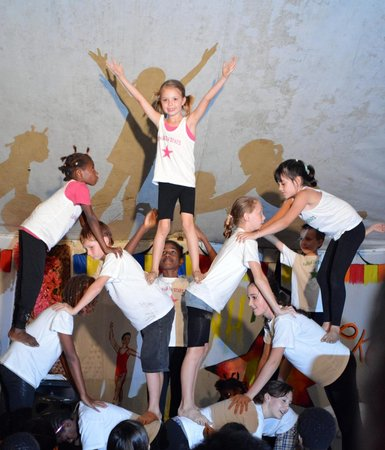Turtle Bay Lodge: the talented performers from the circus school