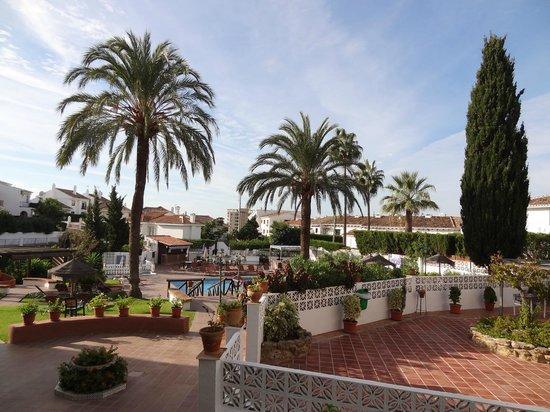 Club La Riviera Crown Resort: Overall view of the resort