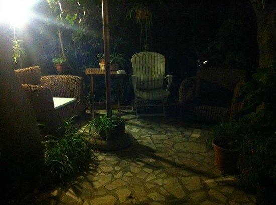 Hotel Villa Maria: Il salotto all' aperto