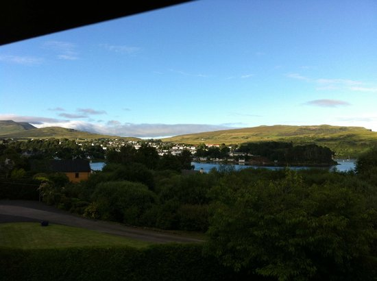 Feochan Bed and Breakfast: View of Portree from Dormer (roof) window of bedroom