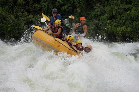 Nalubale Rafting : One of the rapids!