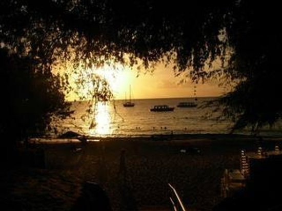 Dash Villa: island view