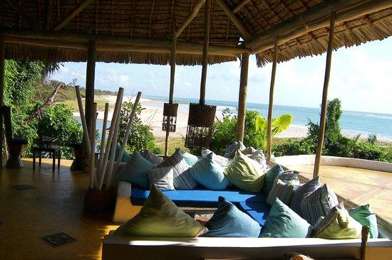 Ras Kutani: comfortable and colourful seating