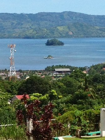 Pagadian City, Philippines: The smaller island..