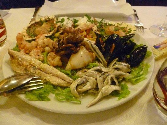 Agli Artisti da Piero: Assiette de fruits de mer