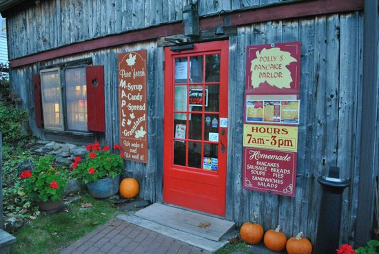 Polly's Pancake Parlor : entrance