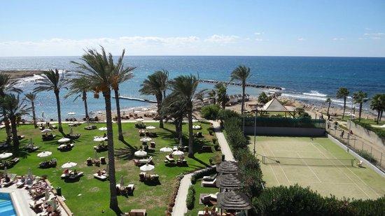 Constantinou Bros Asimina Suites Hotel: Hotel grounds
