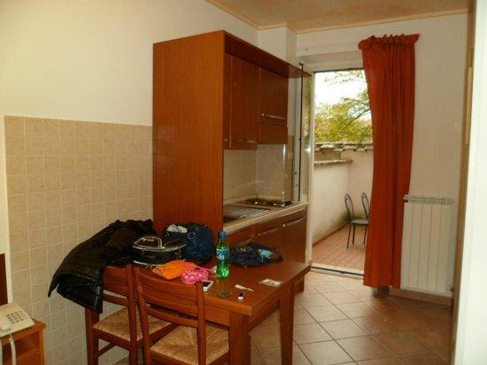 Hotel Signa: Monolocale E Residence Signa Cucina