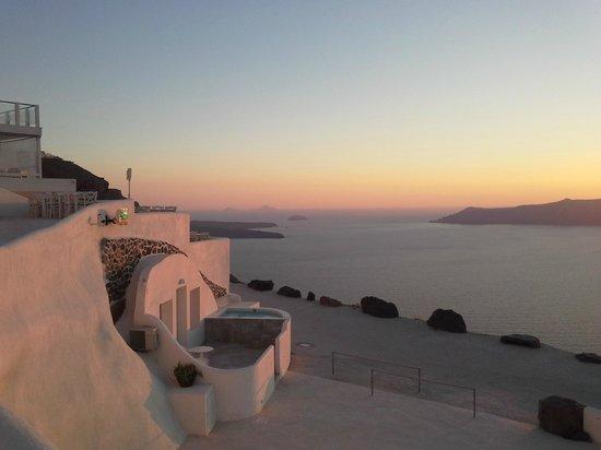 Rocabella Santorini Hotel: magnificent sunset