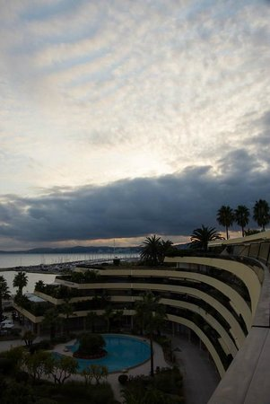 Holiday Inn Nice - Saint Laurent Du Var : View from the balcony