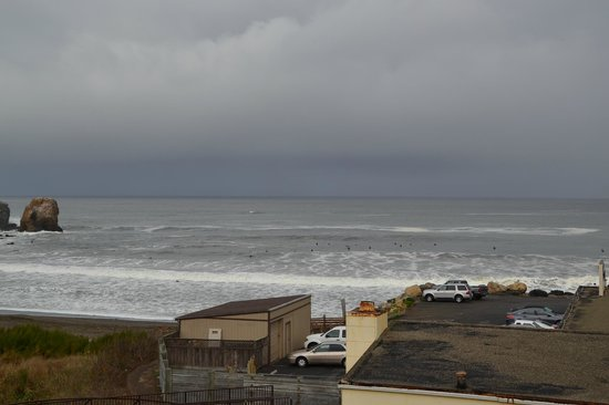 Holiday Inn Express Hotel & Suites Pacifica : View from Room 201 (King Panoramic Oceanview Suite)