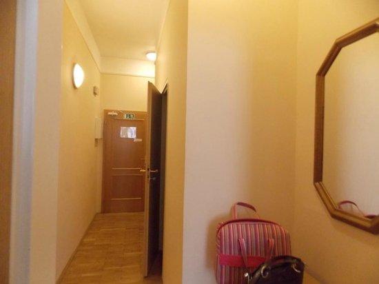 Aparthotel Lublanka: Коридор