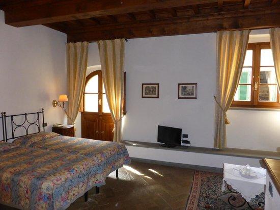 Hotel Palazzo Squarcialupi : Large room