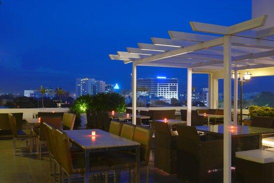 Cloud Nine - Roof Top Restaurant
