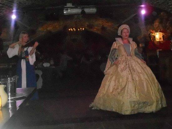 Medieval Banquet: Entertainment