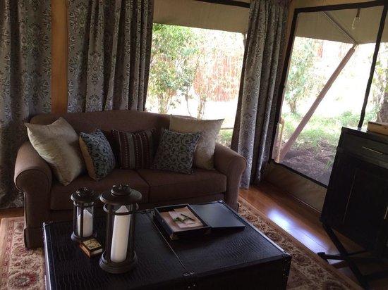 Sand River Masai Mara: Couch