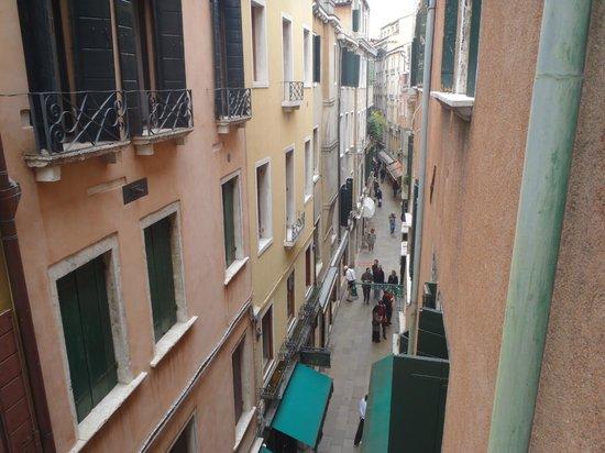 Casanova Hotel: *