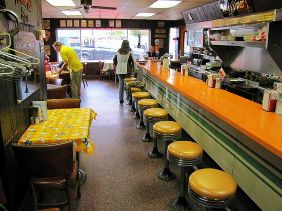 Old Time Look Picture Of Rosys Diner Escanaba Tripadvisor