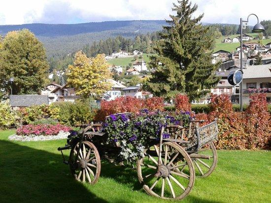 Residence Ciastel : il giardino fiorito